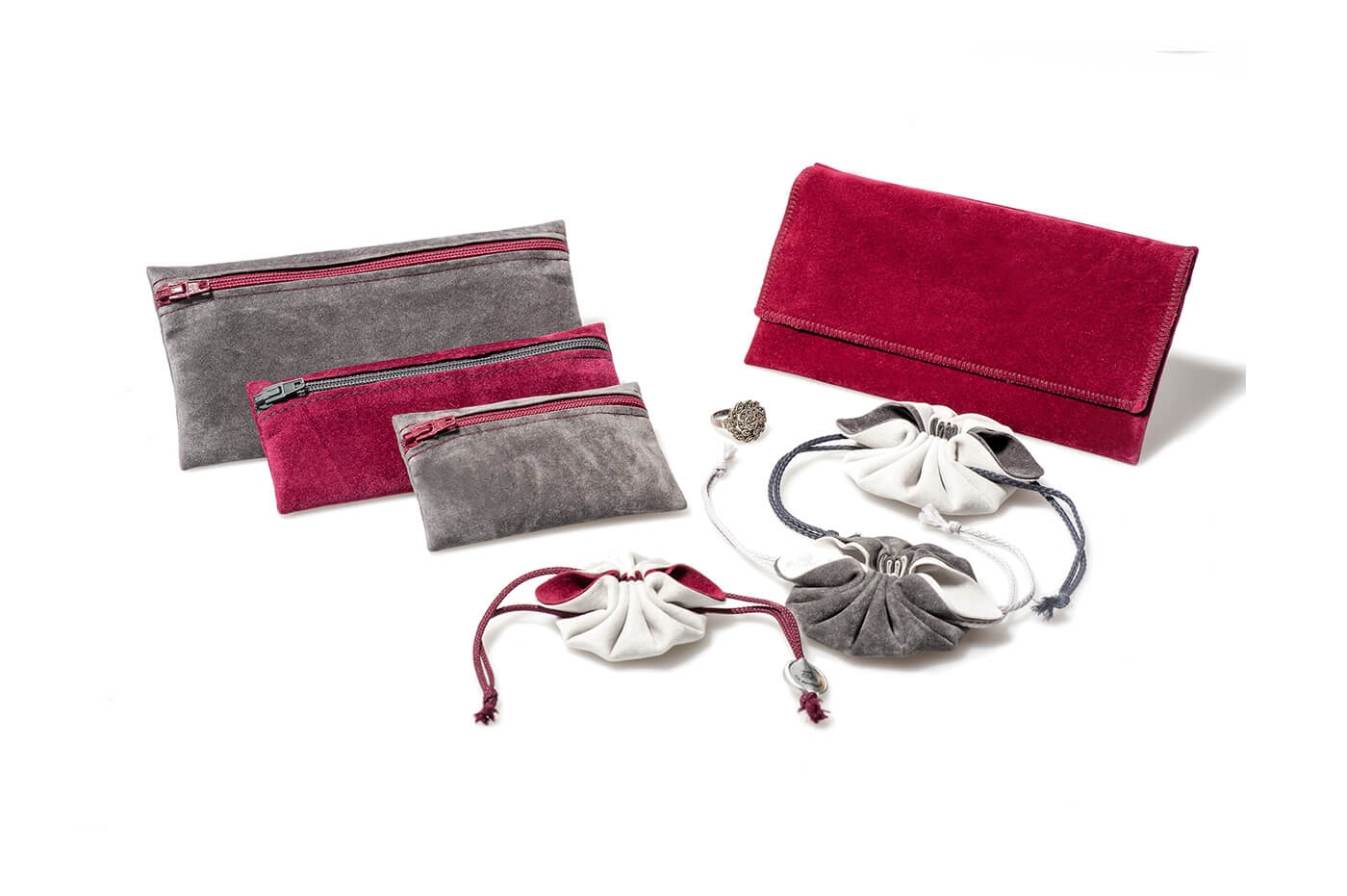 Hochwertige Produktverpackungen für Schmuck, Eheringe und Produkte aus Veloursleder